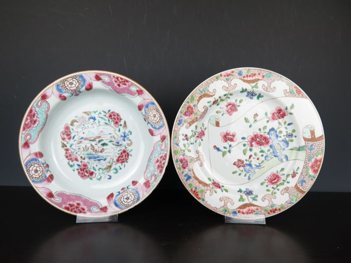 Two famille rose plates - China - 18th century