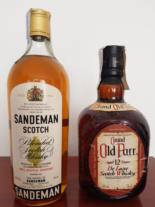"2 bottles - Sandeman Scotch ""Blended Scotch Whisky"" Special Limited & Grand Old Parr Aged 12 Years de Luxe Scotch Whisky - 75cl - 43% vol"