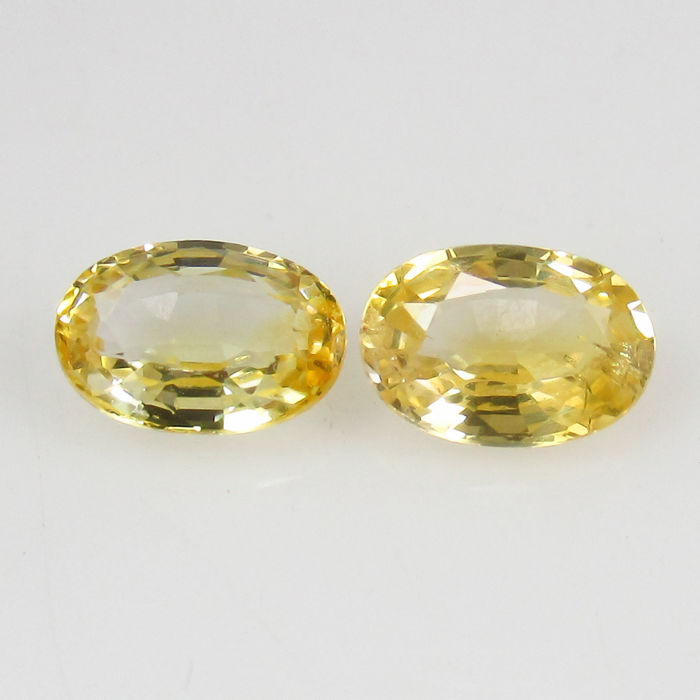 1.25 Ct - Yellow Sapphire Pair (0.63 + 0.62 cts) - No reserve