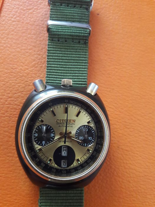 Citizen - Bullhead  Panda  Flyback  automatic Chronograph. - Heren - 1970-1979
