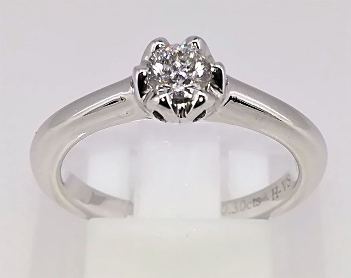 Engagement ring in 18 kt white gold 4.33 g and diamond 0.30 ct H VS1 - size 12