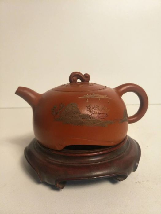 Yixing sandstone teapot decorated with an overlaid scene - China - First half 20th century