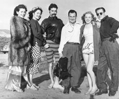 Unknown - Marilyn Monroe, Joseph Jasgur & Others, Zuma beach, California, 1946