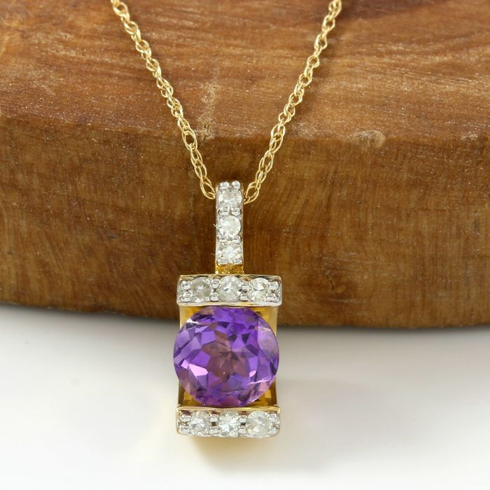No Reserve Price - 14k Yellow Gold - 0.15ct Round Cut H-I, I1-SI2 Diamond, 1.00 ct Round Cut VVS Amethyst  Necklace with Pendant