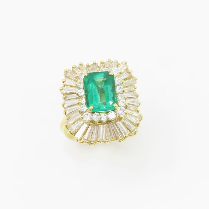 6.60Ct Emerald and Diamond Ring - GIA