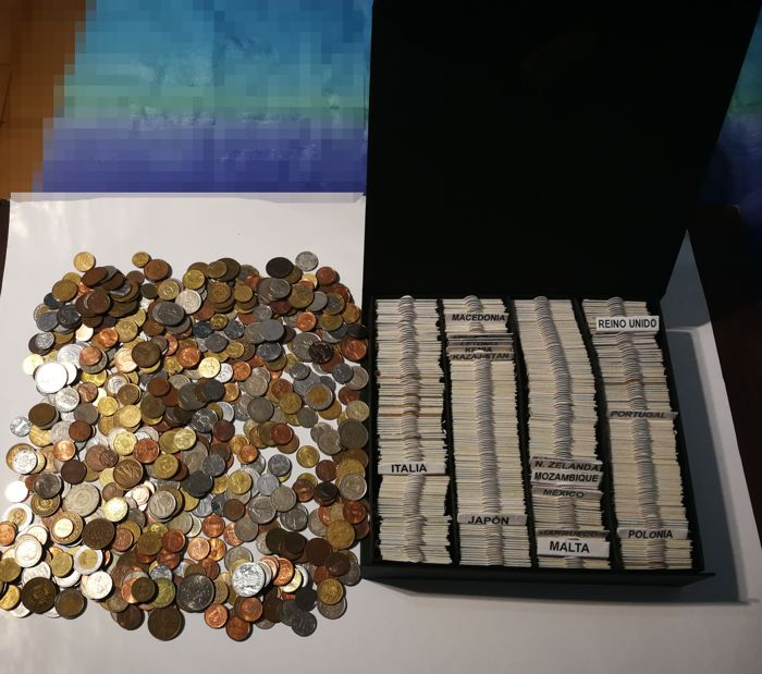 World - Lot various coins (± 1000 pieces)