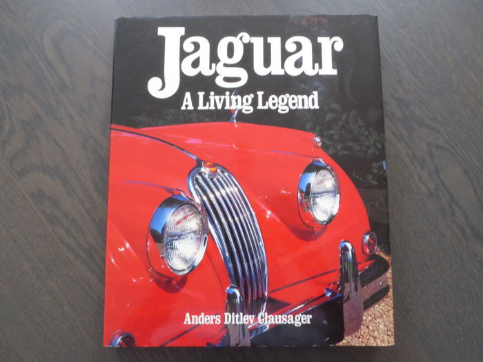 Book - Ditlev Clausager - Jaguar a living legend - 1990