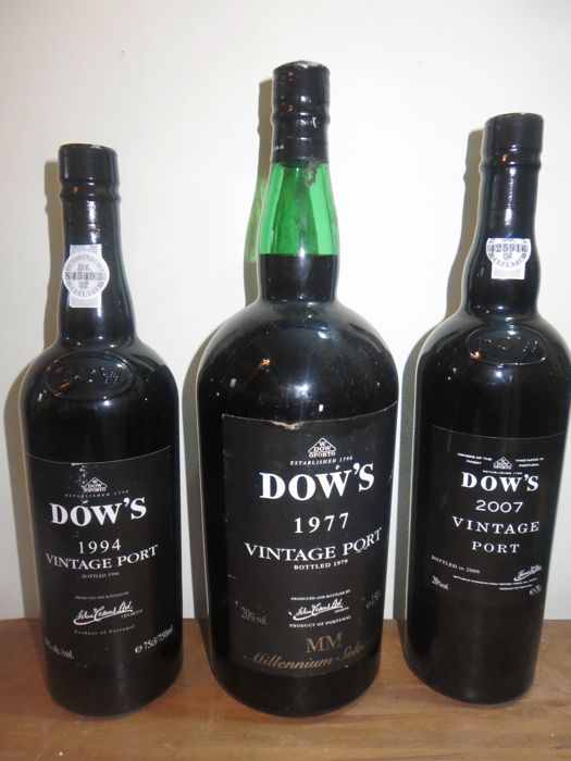 Dow's Vintage Port: 1977 Millenium Selection - Magnum bottle (1.5l) & 1994 & 2007 - 2x 0.75l & 1x 1.5l - 3 bottles in total