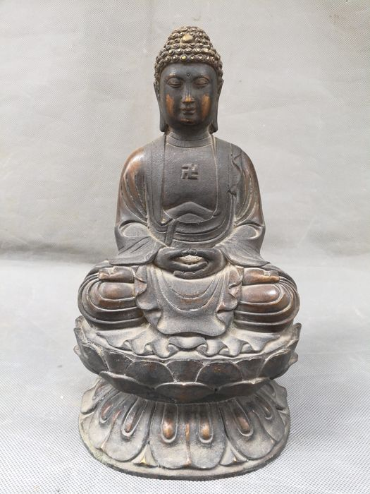 Sakyamuni Buddha - China - second half 20th century (30cm)