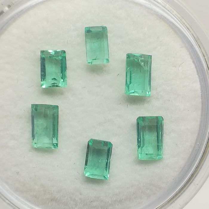 Lot of 6 Emeralds - 1.75 ct