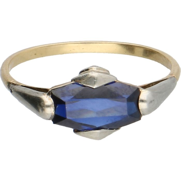 18 kt - Bi-colour yellow/white gold ring set with a sapphire, ring size: 16.75 mm