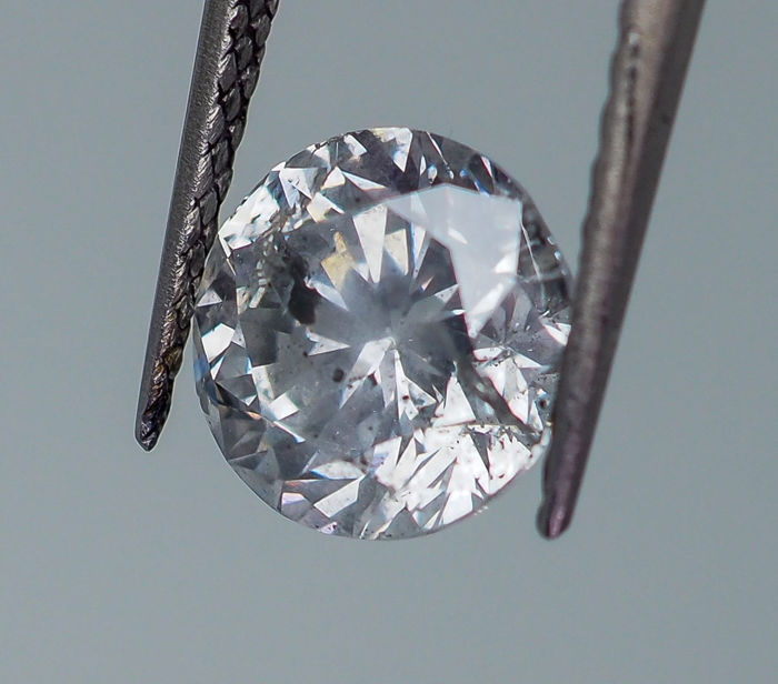 2.02 ct - Natural White Diamond - F Color -  I2  *NO RESERVE*