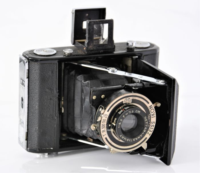 1937  ZEISS IKON   'Nettar 515'  Folding Camera.