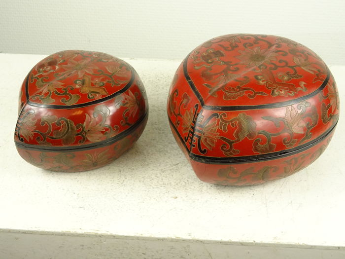 Two large peach shaped lacquer boxes - China - second half of the 20th century