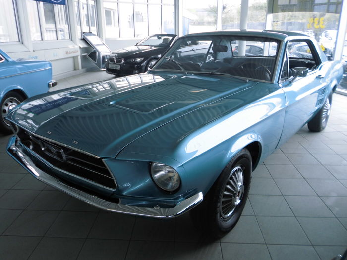Ford - Mustang Hardtop Coupe I6 200Ci - 1967