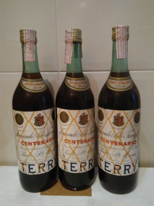 3 bottles Brandy Jerez Terry Centenário - Bottled 1970s