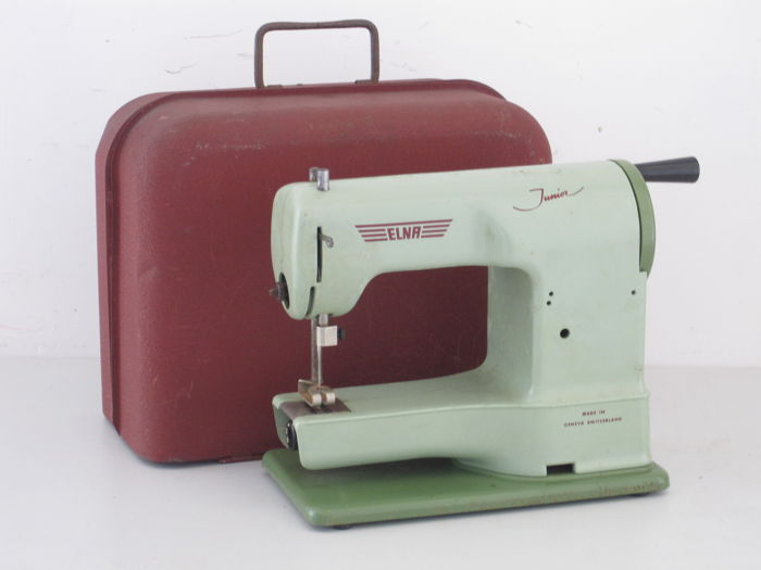 Vintage Elna Junior Toysewing Machine In Original Case Geneva Mesmerizing Sewing Machine Case