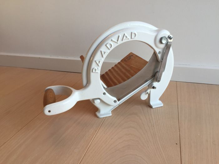 Raadvad - fine bread slicer, white, in excellent condition