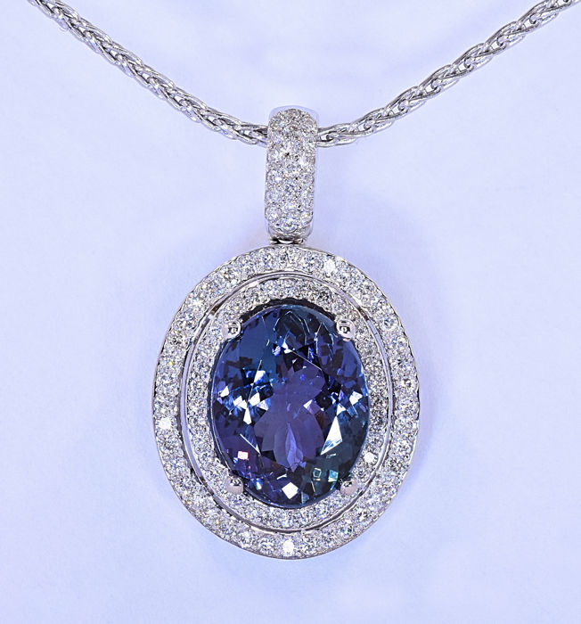 9.39 Ct Tanzanite with Diamonds necklace ***NO RESERVE price!***