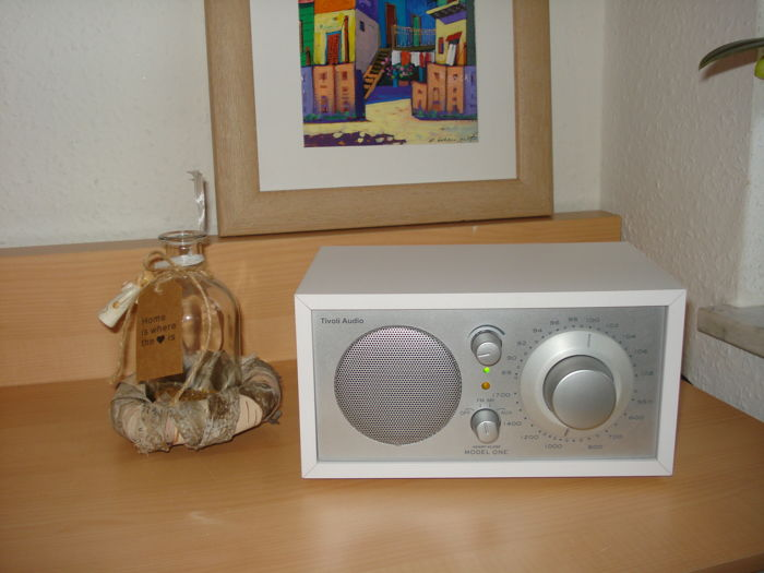 TIVOLI AUDIO Radio MODEL One made by Henry Kloss USA, a true collectible, that boasts amazing sound and optics
