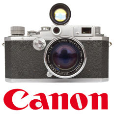 CANON IID rangefinder camera with 50 mm f 1: 1.8 lens period 1952-1955, with a Petri tele-wide finder