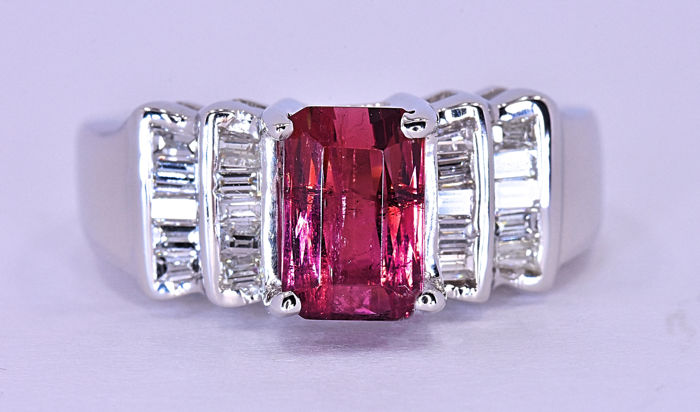 2.60 Ct Pink Tourmaline with Diamond ring ***NO RESERVE price!***