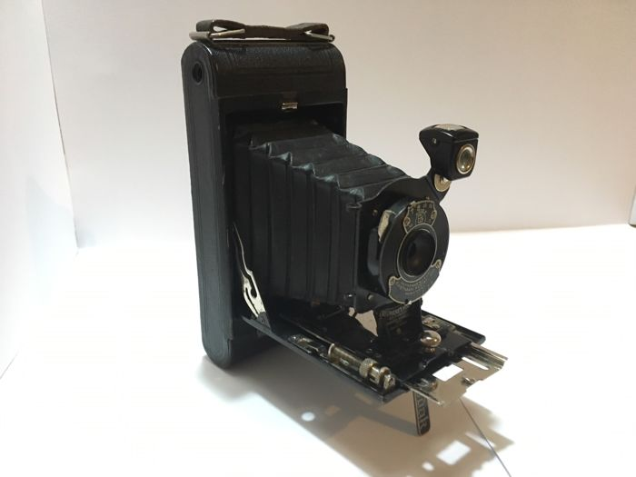 Beautiful folding camera Kodak Eastman No. 1 Pocket camera from 1926
