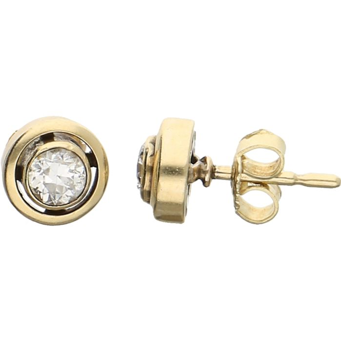 14 kt- Yellow gold solitaire earrings each set with a brilliant cut diamond of approx. 0.30 ct. - Diameter 8 mm