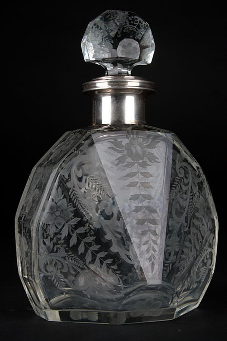 Large silver-shaded carafe - Altenlow Bruxelles - Belgium, ca. 1900