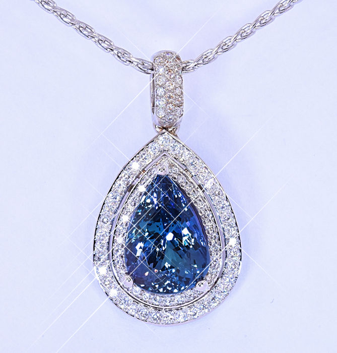 9.03 Ct Pear Tanzanite with Diamonds necklace ***NO RESERVE price!***