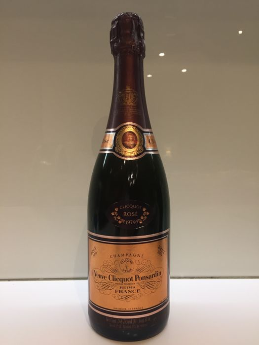 1979 Veuve Clicquot Ponsardin Brut Rose, Champagne - 1 bottle (75cl)