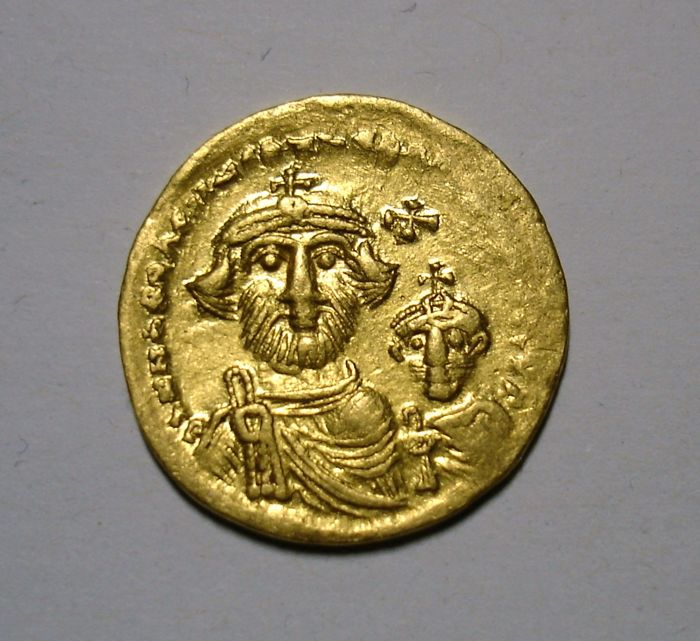 Byzantium - Heraclius (610-641 AD). Obv-Solidus, 5th printer and publisher, circa 616-625 AD