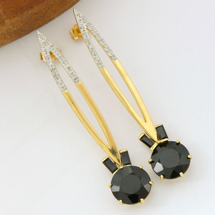 14k Yellow Gold with 0.15 ct Round Cut, SI2 Diamond,  11.50 ct Round/Baguette Cut Black Onyx Earrings