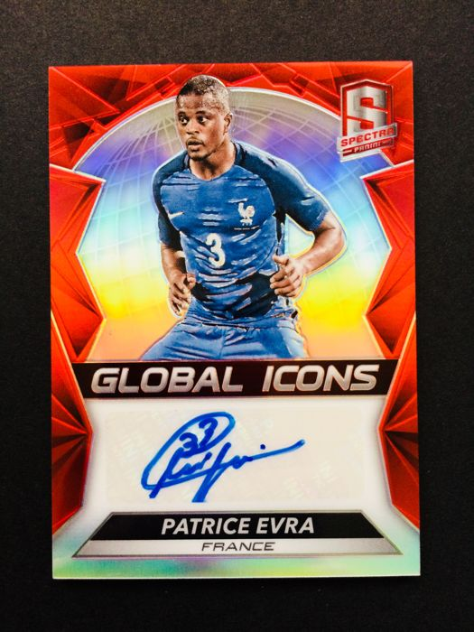 Panini - Patrice Evra #3 - Autograph Card - Limited Edition 31/65 - Certificate of Authenticity by Panini