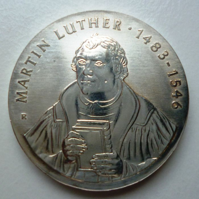 GDR or East Germany - 20 Mark 1983 - Martin Luther to the 500th birth anniversary - silver with slight patina