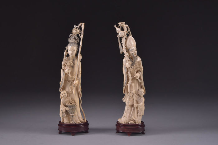 Pair of ivory statues China, early 20th century