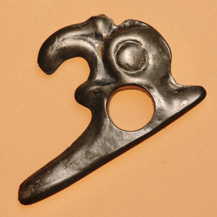 Excellent Scythian Bronze Amulet / Pendant of Rare RAVEN / Bird Creature / 35mm.