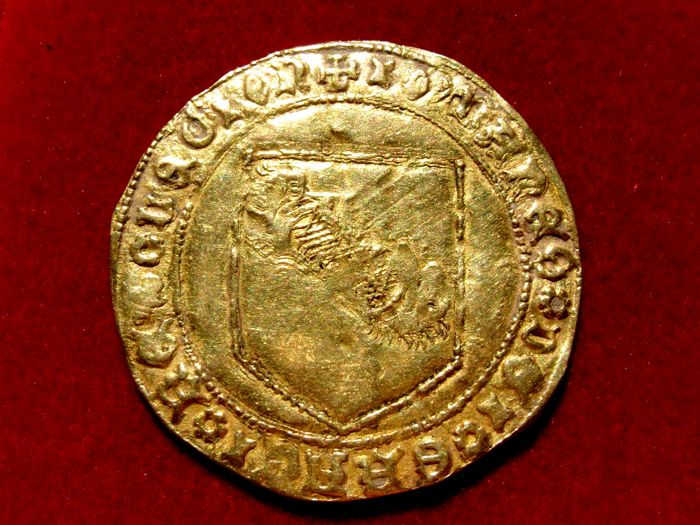 Medieval Spain - Juan II (King of Castille between 1406 and 1454), gold band bended Struck at the Seville mint (S) Very rare coin Very beautiful!