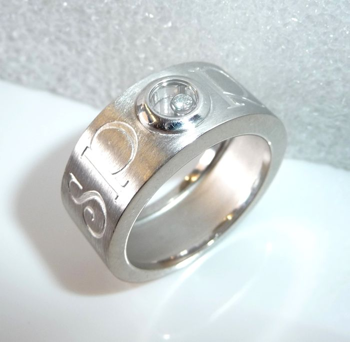"""Chopard - ring 750 / 18 kt white gold """"Happy Sport"""" wide band ring with 1 happy Diamond size 64-65"""