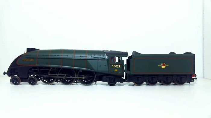 Hornby 00 - R2535 - Stoomlocomotief met tender - Class A4 4-6-2 - British Rail