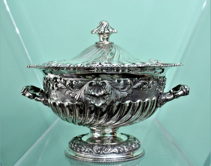Silver tureen, Joseph Craddock and William Ker Reid, London, 1814