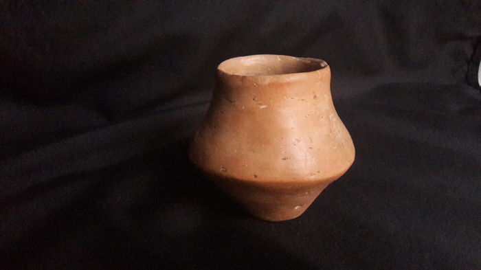 Neolithic Earthenware Votive Vessel for Offerings - H. 83 mm