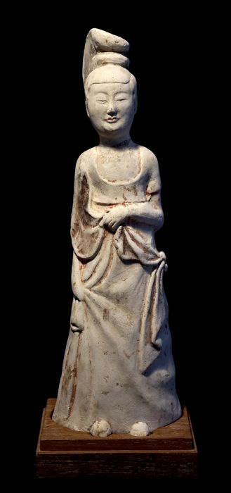 Ancient Chinese Imperial Court Female Figure - China - Tang Dynasty - 28 cm.