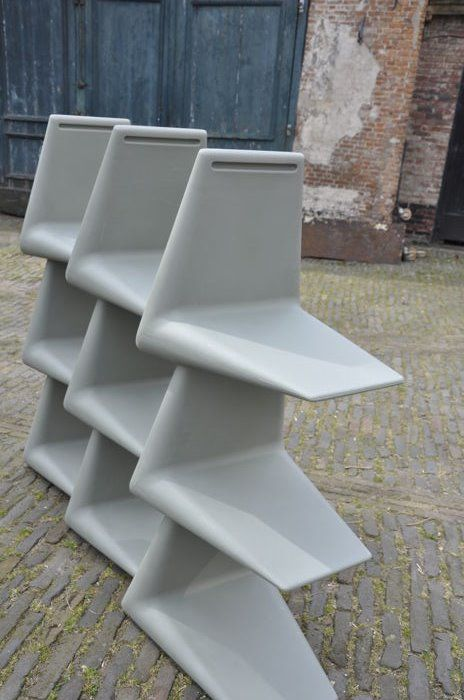 Martijn Prins for xO - Contemporary modular shelving unit