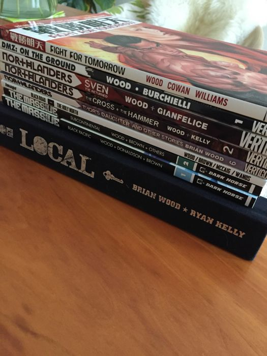 Collection Brian Wood: Local, Fight for Tomorrow, DMZ, The Massive, Northlanders & Black Road