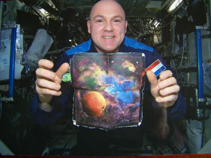 Unique: A painting from space!