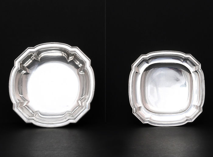 Two silver dishes,   -Art Deco  -France,   -beg 20th c.
