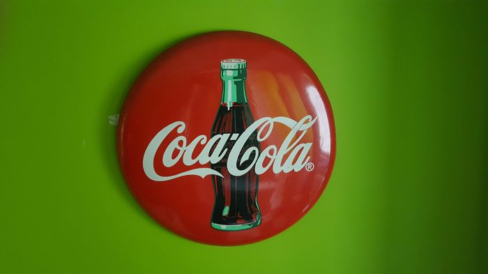 Metal Coca Cola advertisement Vintage ca.1970y. USA edition. 40 cm diameter
