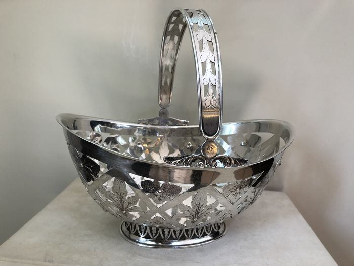 Silver Bread Basket with openwork decorations, Italy, 20th century