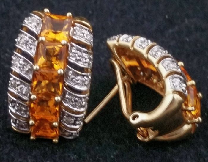 Gold earrings with diamonds and citrine quartz